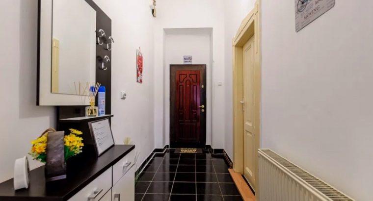 Apartament lux 2 camere zona centrala