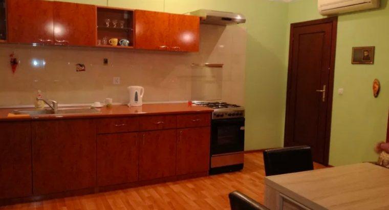 Apartament regim hotelier în centru